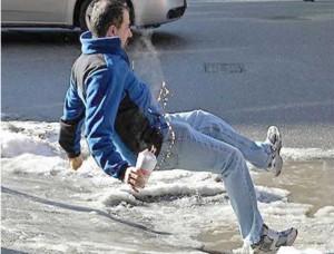 Homme qui tombre sur la glace Chiro Laval